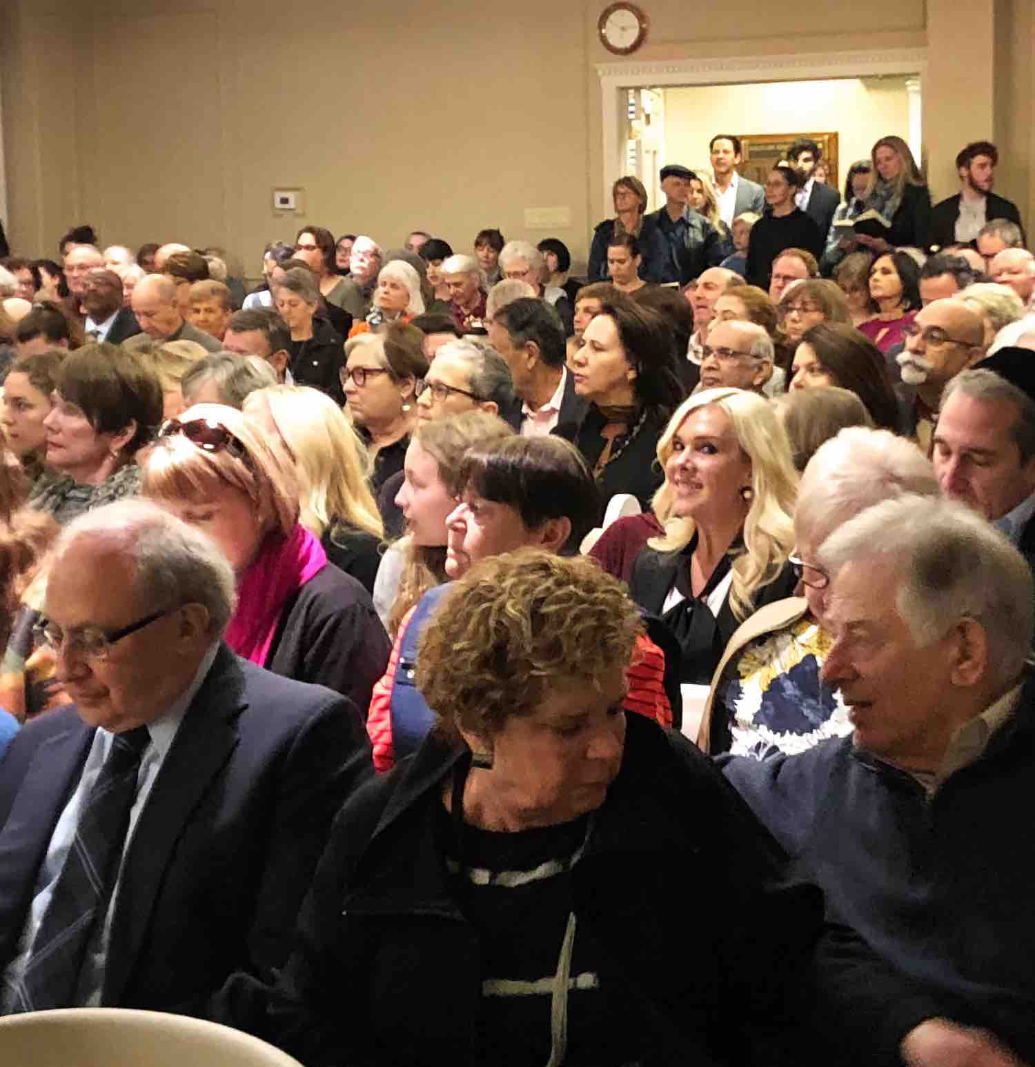 sanctuary filled to capacity for Shabbat
